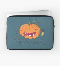 Happy Halloween pumpkin Laptop Sleeve