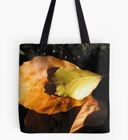 Russet Autumn Leaves - Close-up Tote Bag
