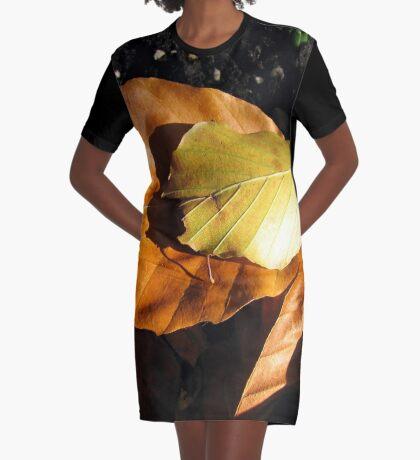 Russet Autumn Leaves - Close-up T-Shirt Kleid