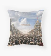 The Rex pageant, Mardi Gras Day, New Orleans, 1907 Colorized Throw Pillow