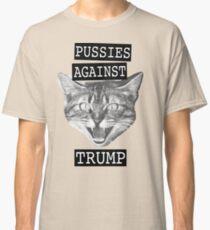Camiseta clásica Coños contra Trump