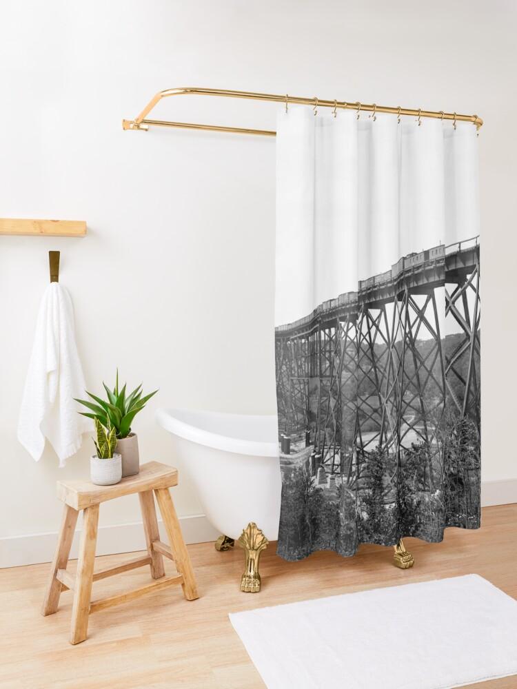 Alternative Ansicht von Kate Shelley High Bridge Duschvorhang