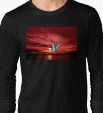 Silver Gull in Orange Red Ocean Sunrise. Long Sleeve T-Shirt