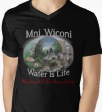 Not in My Backyard! No DAPL Pipeline - Stand with Standing Rock Men's V-Neck T-Shirt