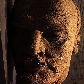lenin, lenin head, monument by hottehue
