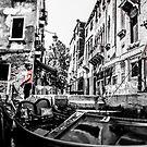 Gondoliers by FelipeLodi