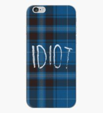 IDIOT (Blue flannel) iPhone-Hülle & Cover