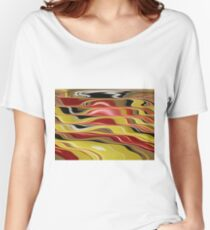 Wavy Abstract Women's Relaxed Fit T-Shirt