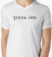 Bleib verrückt. T-Shirt mit V-Ausschnitt