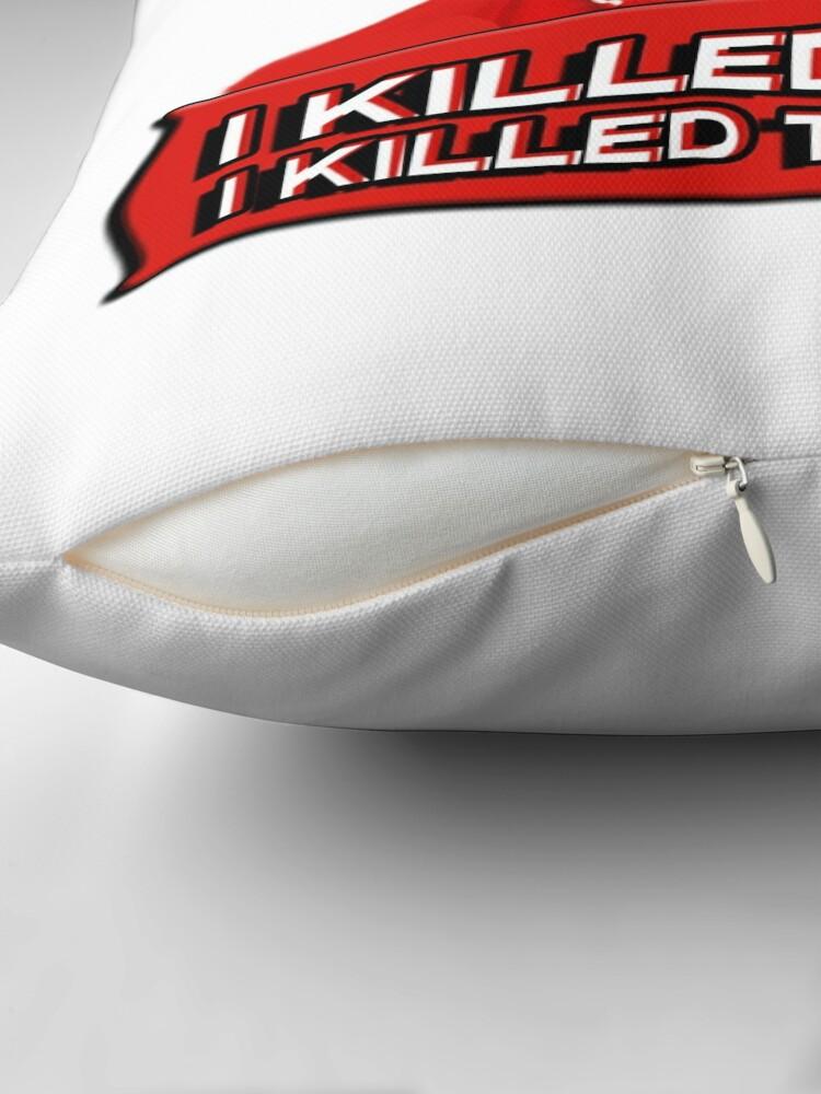 Vista alternativa de Cojín Angela Lansbury (Jessica Fletcher) Asesinato, ella escribió la confesión. Los maté a todos.