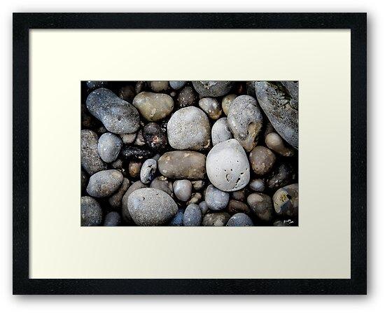 Etretat Rocks by FelipeLodi