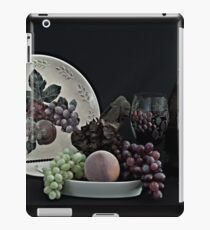 The Ceramic Plate of Fruit iPad Case/Skin