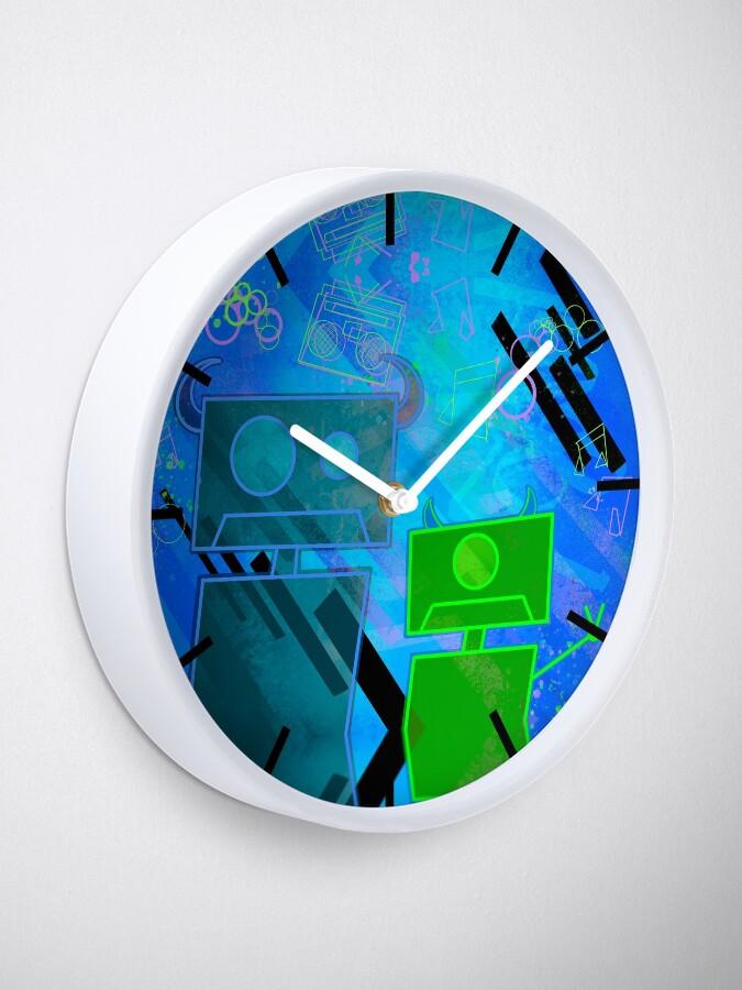 Alternate view of M Inc Beats Clock