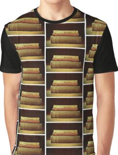 Book lover Graphic T-Shirt