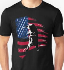 pedals the walking bear amerian flag T-Shirt