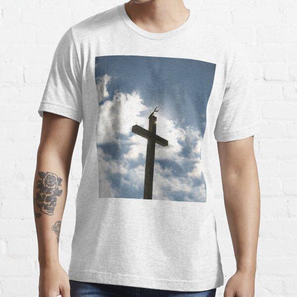 Praying Mantis Cross Essential T-Shirt