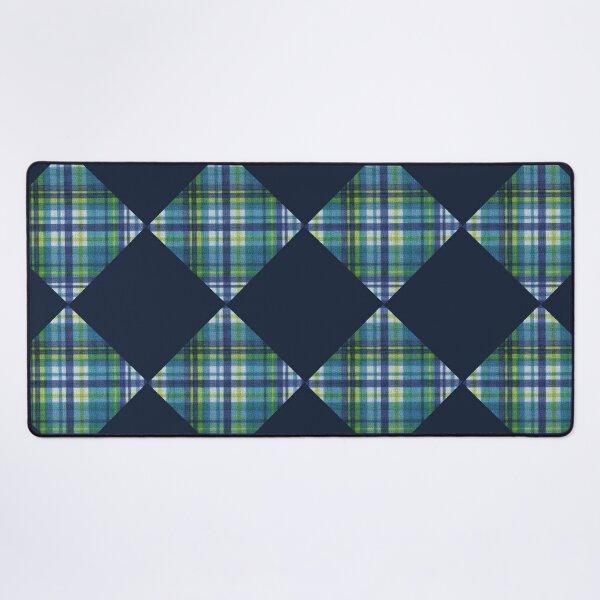 Geomatric Line Pattern - diamond pattern Desk Mat