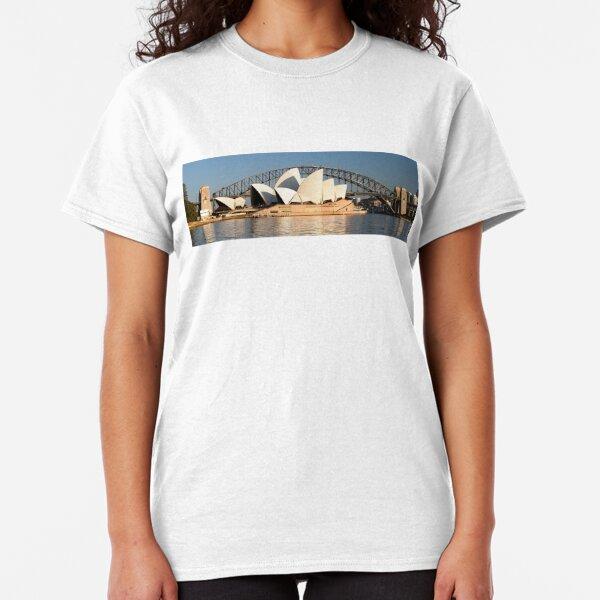 Sydney Opera House & Harbour bridge. Classic T-Shirt