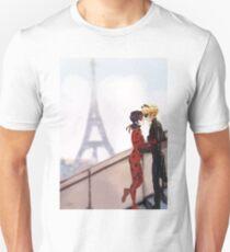 Miraculous   T-Shirt