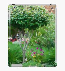 Topiary Tree iPad Case/Skin