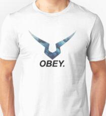 code geass obey T-Shirt