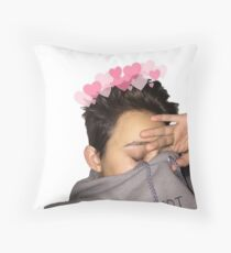 cuddly justin blake Throw Pillow