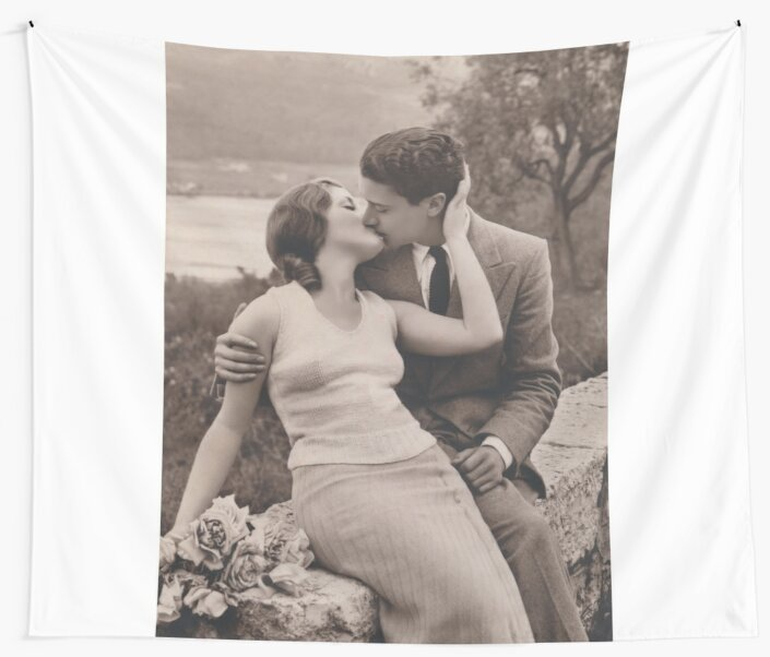 Vintage Romance Couple Kissing By Highqualityanti