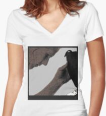 tablet on the beach Women's Fitted V-Neck T-Shirt