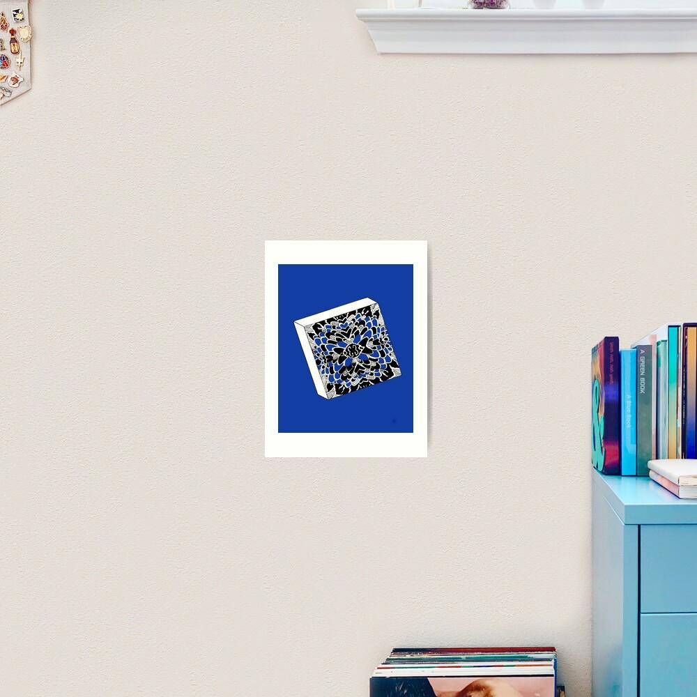 Der Würfel in königsblau- The dice in royal blue Kunstdruck