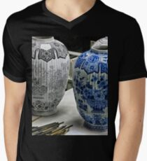 ceramic vases- Delftware factory Men's V-Neck T-Shirt