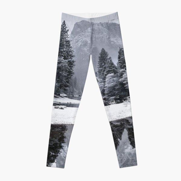 snowy mountain Leggings