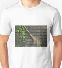 Witches broomstick T-Shirt