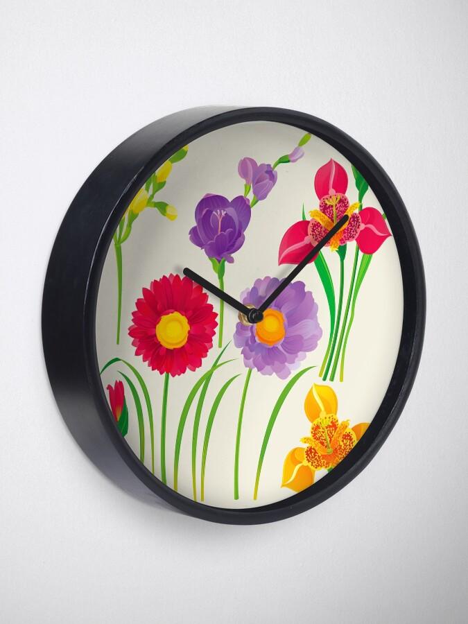 Alternate view of Spring Flowers Clock
