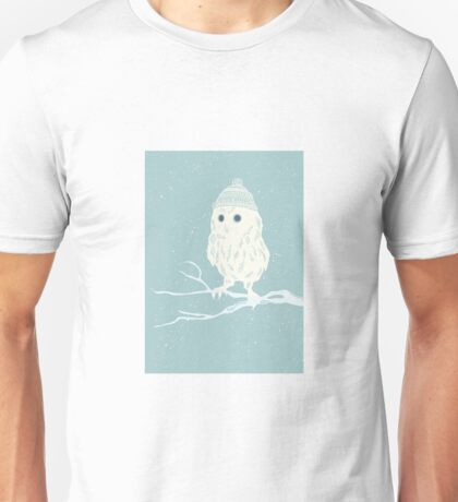 Cute little owl in a wooly hat winter design T-Shirt