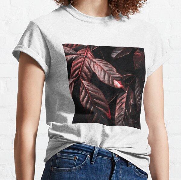 Glänzende rote Blätter Classic T-Shirt