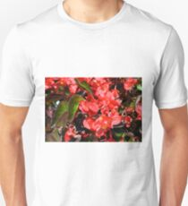 Texture with red flowers and leaves T-Shirt