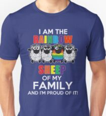 Funny Lesbian - I Am The Rainbow Sheep Of My Family And I'm Proup Of It Tshirts Lesbian Gag Gifts T-Shirt