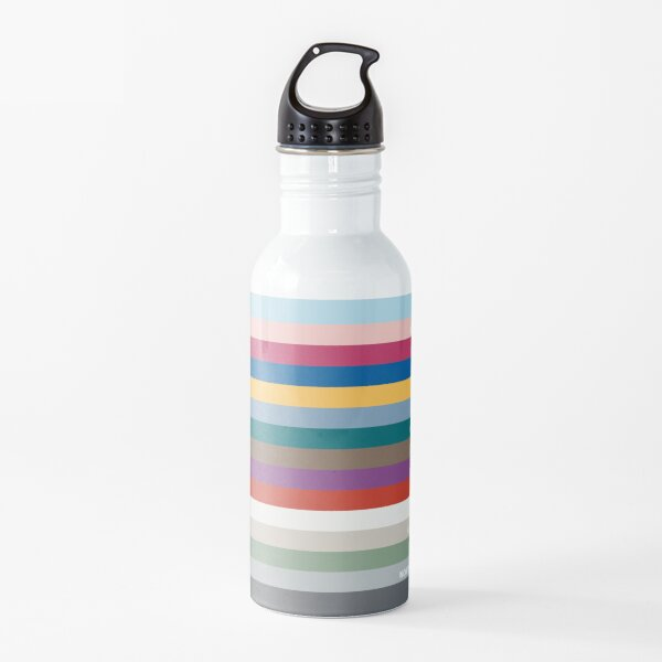 New York Fashion Week Color Palette, Spring/Summer 2022 (Pantone - all 15 colors, with labels) Water Bottle