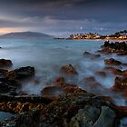 A Glimpse of Twilight, Maui by Michael Treloar