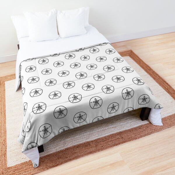 Sand Dollar Seashell Simple Line Drawing Comforter