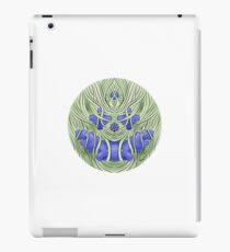 Wire Face Blue Variant iPad Case/Skin