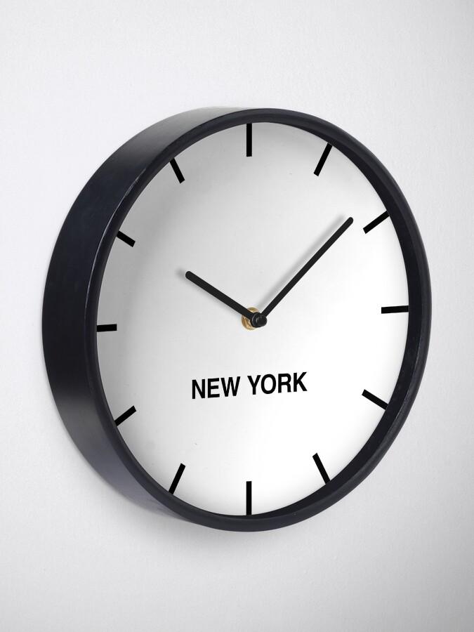 Vista alternativa de Reloj Reloj de pared New York Time Zone Newsroom