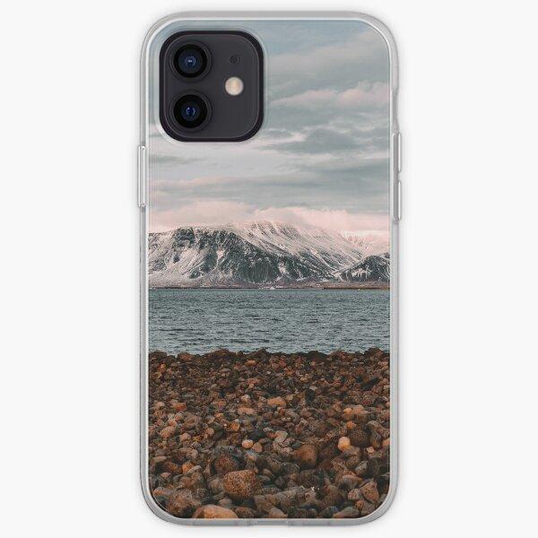 Reykjavik vista desde la costa Funda blanda para iPhone