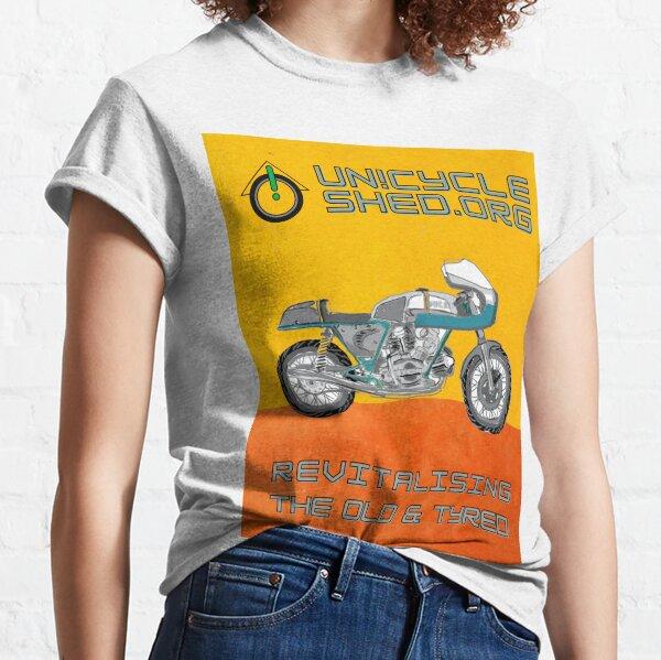 duc 750ss yellorange bg Classic T-Shirt