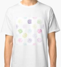Black and white pattern in roses with contours.  Classic T-Shirt