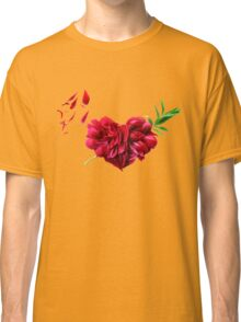 Heart of the petals and peony leaves Classic T-Shirt