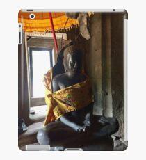 Siem Reap statue iPad Case/Skin