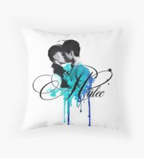 Malec kiss (blue) Throw Pillow