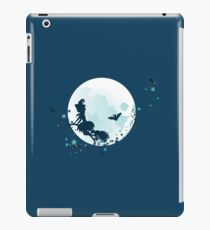 Flying Witch over Full Moon 2 iPad Case/Skin
