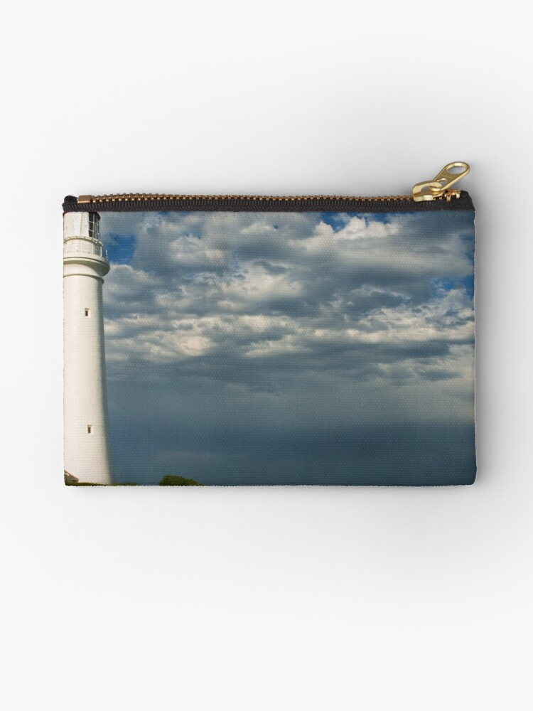 SPLIT POINT LIGHTHOUSE by louise